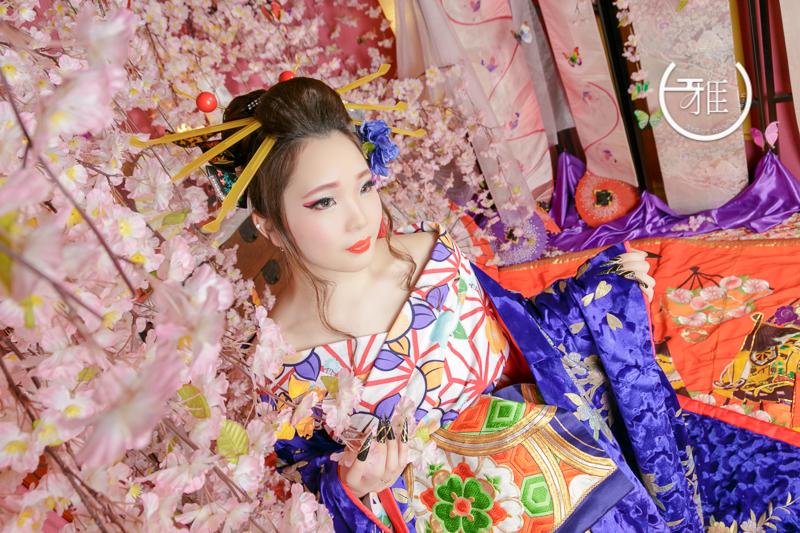 きれいなだけじゃない!豪華絢爛な花魁の衣装に隠された意味とは?